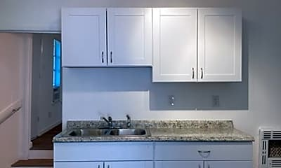 Kitchen, 1032 W Magnolia Ave 2, 1