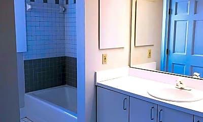 Bathroom, 3201 Erie Ave, 1