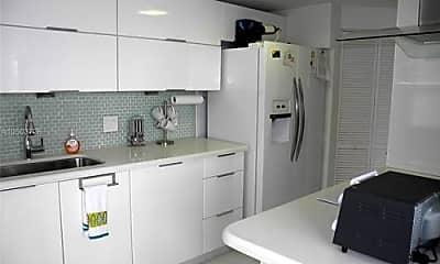 Kitchen, 701 Brickell Key Dr, 1