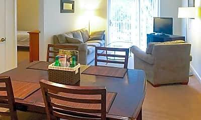 Ridgefield Apartments, 1