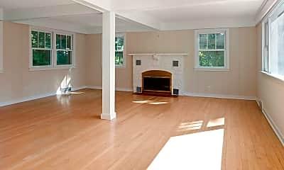 Living Room, 624 Cedar Point Dr, 1