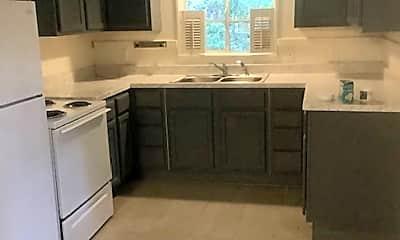 Kitchen, 4352 Ridgewood Cir, 1