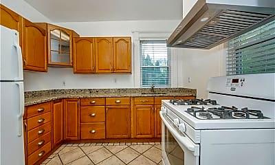 Kitchen, 154 Church St FL1, 1
