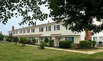 Huntington Hills Condominiums and Apartments, 0