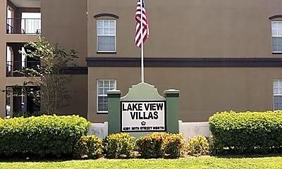 Lakeview Villas, 1