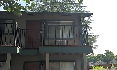 Rosa Crest Apartments, 2