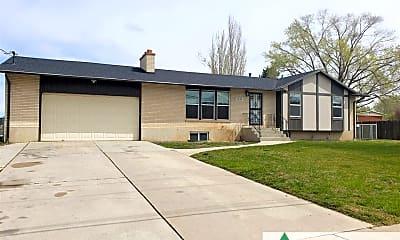 Building, 1046 W 1300 N, 0
