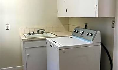 Kitchen, 107 Mimosa Terrace, 2