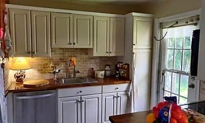 Kitchen, 2310 NE 13th St, 1