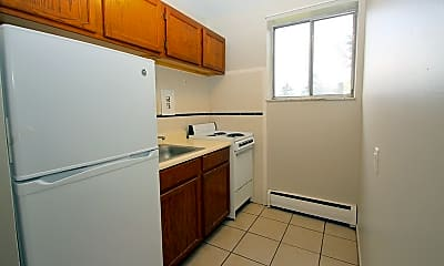 Kitchen, 284 Moon Clinton Rd, 1