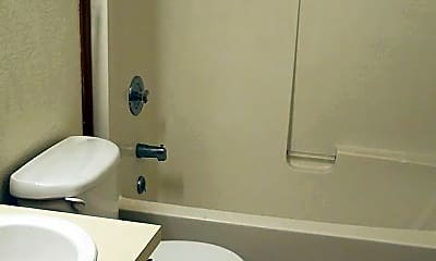 Bathroom, 1060 York St, 2