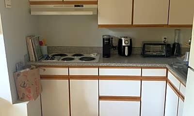Kitchen, 214 Lakeview Way, 1