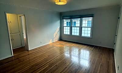 Living Room, 1111 S Cochran Ave, 0