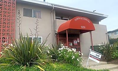 Community Signage, 5050 Linden Ave, 1