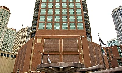 Cityfront Place, 2