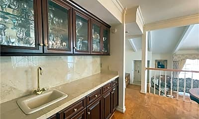 Bathroom, 4203 Colfax Ave H, 2