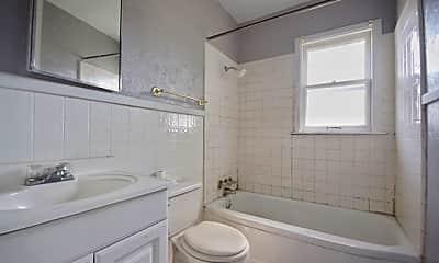 Bathroom, 2411 W Harris Ave, 1