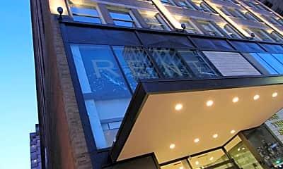 Building, Grand Boulevard Lofts, 1