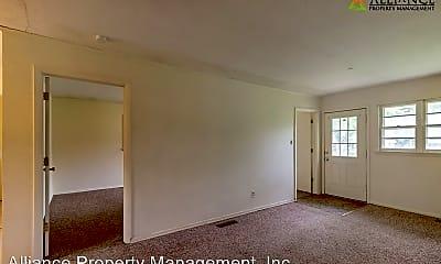 Living Room, 1533 Pipher Ln, 1