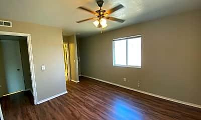 Bedroom, 6026 NW Expressway Unit C, 2