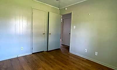 Bedroom, 2705 Kavanaugh Rd, 2