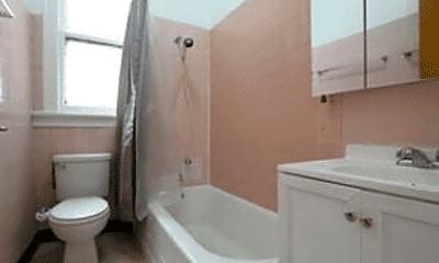 Bathroom, 1116 W Polk St, 2