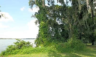 Beach, Covenant On The Lakes- Senior Housing, 1