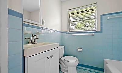 Bathroom, 4417 Lido Ln, 2