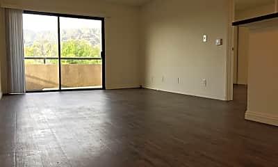 Living Room, 1725 Grismer Ave, 2