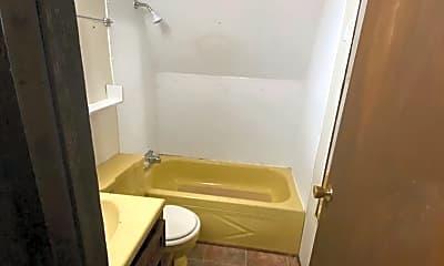 Bathroom, 1910 Sugar Loaf Ave, 2