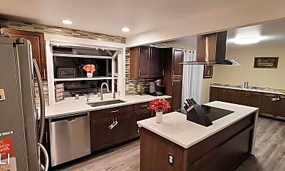 Kitchen, 4704 S 284th Pl, 0