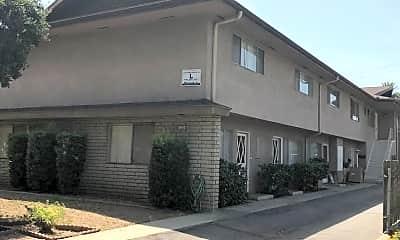 Building, 125 S Berkeley Ave, 1
