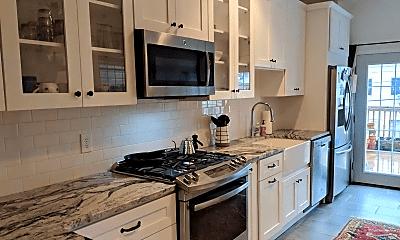Kitchen, 127 N Patterson Park Ave, 1