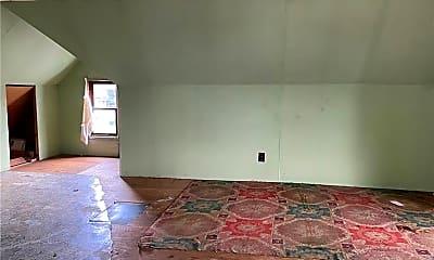 Living Room, 1309 Delaware Ave, 2