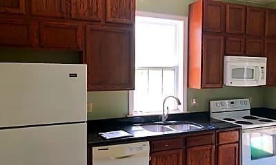 Kitchen, 4021 Light Pink Rd, 2