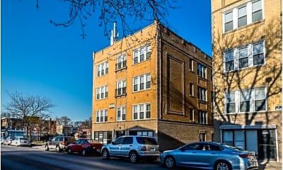 Building, 2610 N Laramie Avenue, 2