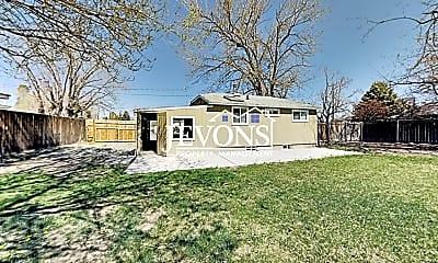 Building, 902 W Viola Ave, 1