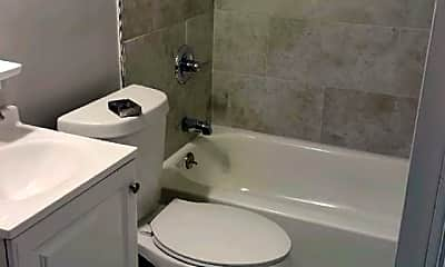 Bathroom, 2367 Forest Ave, 2