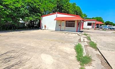 Building, 610 W Elm St, 1