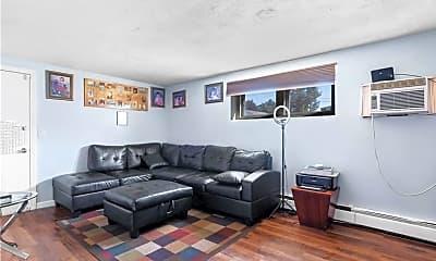 Living Room, 9 Cynthia Dr, 2