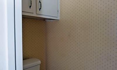 Bathroom, 1810 Rosemary Dr, 2