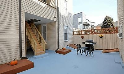 Patio / Deck, 507 Thropp St, 1
