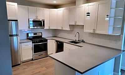 Kitchen, 900 Chestnut St, 1