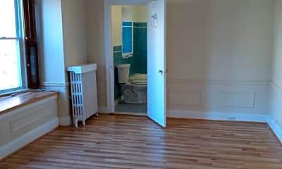 Bathroom, 1018 E 36th St, 2