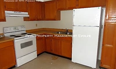 Kitchen, 221 N Horne Ave, 2