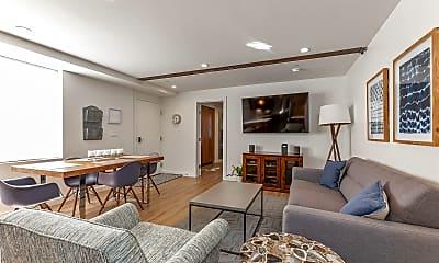 Living Room, 431A Capp Street, 1
