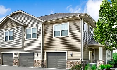 Building, High Bluff Apartments and Townhomes, 0