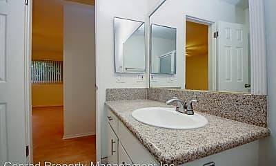 Bathroom, 10966 Ohio Ave, 2