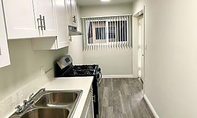 Kitchen, 1635 N Normandie Ave, 1
