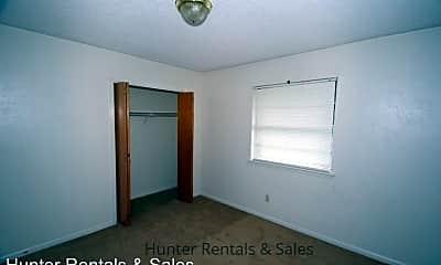 Bedroom, 909 Edwards St, 2